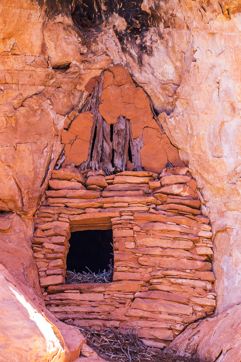 Cliff dwelling, Forest Service lands, cut from Bears Ears National Monument, photo by Jonathan Bailey